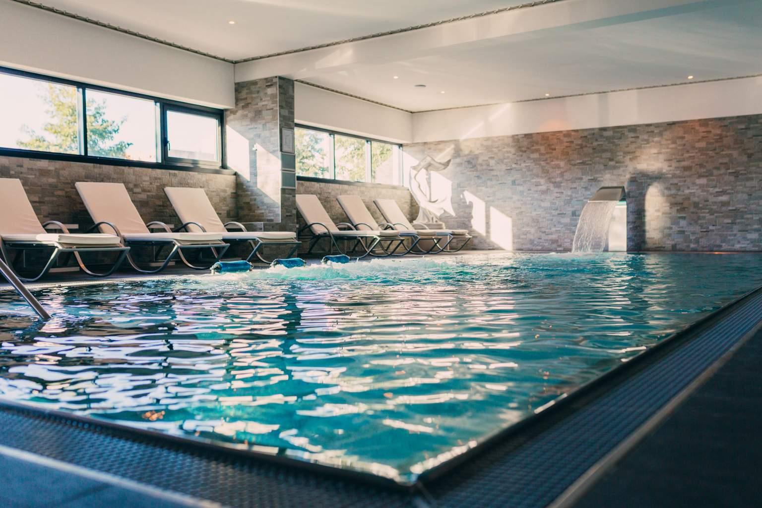 Piscine, soins aquatiques, relaxation, hôtel Spa Strasbourg Alsace