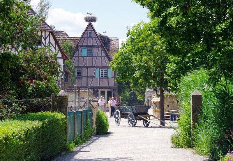 <span><span><span><span>Hôtel Athena Restaurant & Spa proche l'</span></span></span></span>Ecomusée d'Alsace